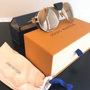 AUTHENTIC LOUIS VUITTON SKYLINE SUNGLASSES